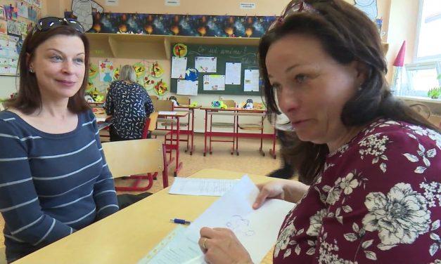 Prvňáčkům zaplatí školní pomůcky město