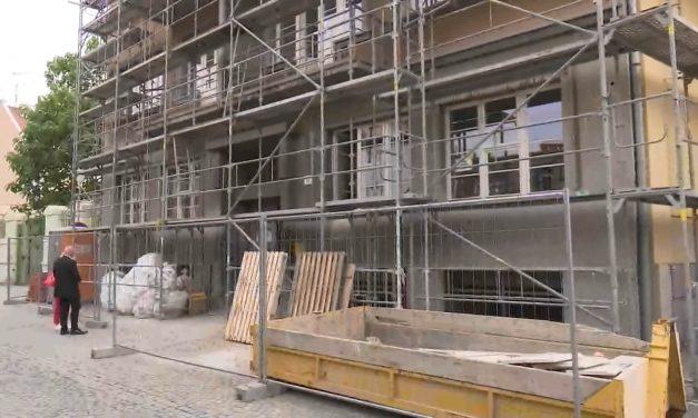 Budova magistrátu v Knihařské ulici má za sebou rekonstrukci