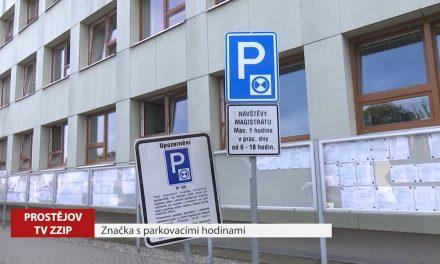 Městská policie upozorňuje na značky s parkovacími hodinami
