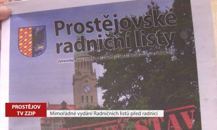 Mimořádné vydání Radničních listů před radnicí