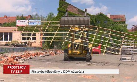 Přístavba tělocvičny u DDM Vápenice už začala
