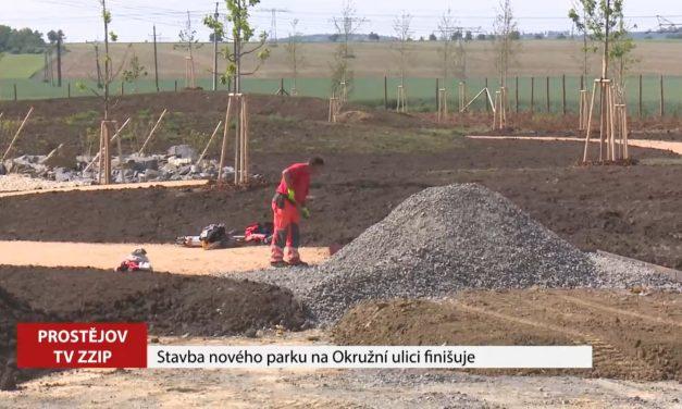 Stavba nového parku na Okružní ulici finišuje