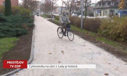 Cyklostezka na ulici Josefa Lady je hotová