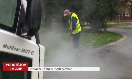Likvidovat plevel horkou vodou bude v Prostějově už druhý vůz